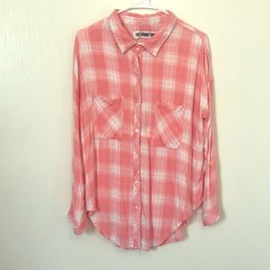 NWOT The LaundryRoom SIZE M. long sleeved shirt